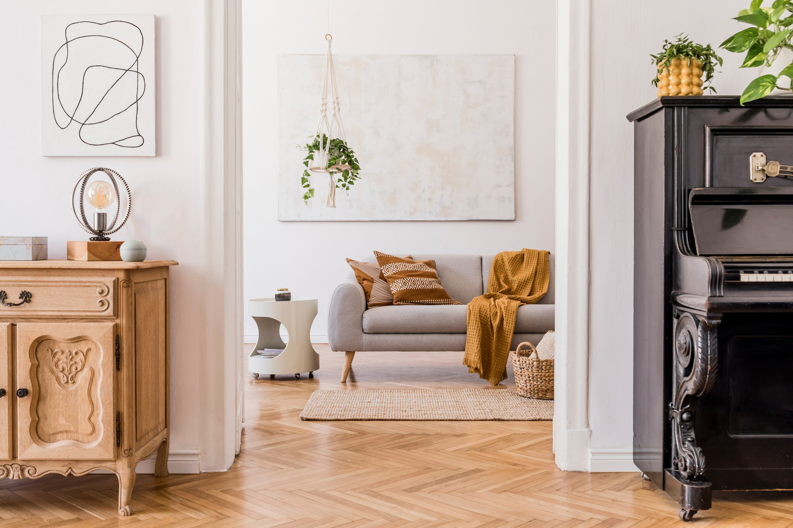 Design homes with handmade furniture and decorative